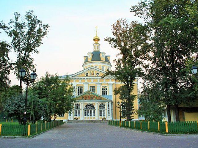 Годовщина иерейской хиротонии настоятеля Покровского кафедрального собора