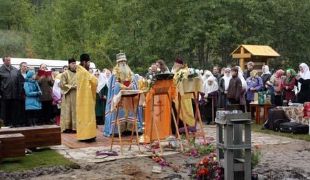 В Тольятти установлен крест на месте строительства будущего храма