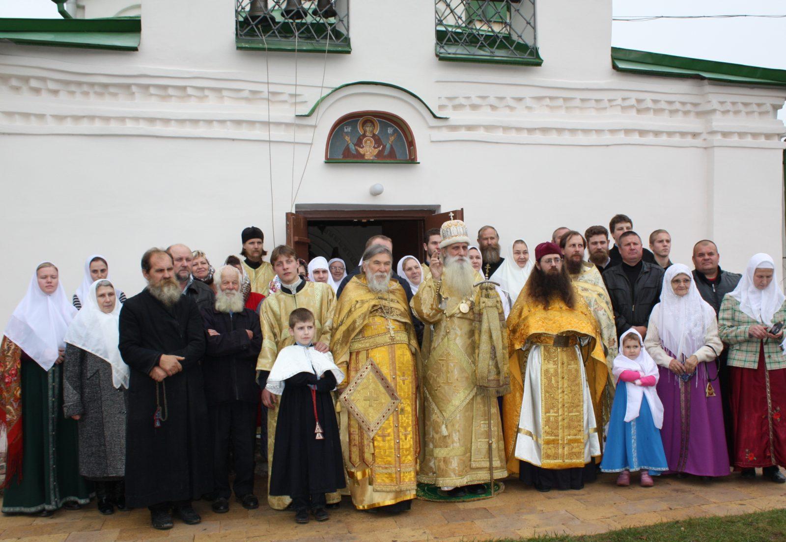 Поездка митрополита Корнилия по Санкт-Петербургской и Тверской епархии