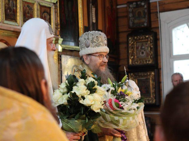 Митрополит Корнилий возвел на престол Томской епархии епископа Григория