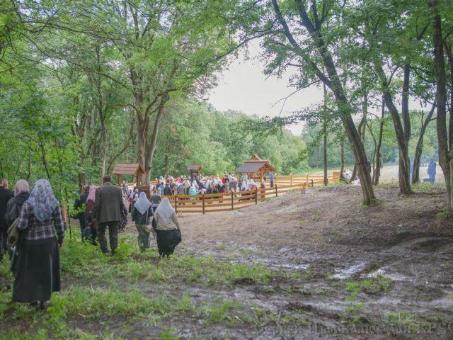 Крестный ход к месту Серковского монастыря