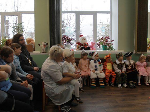 Клинцовские старообрядцы посетили дом ребенка