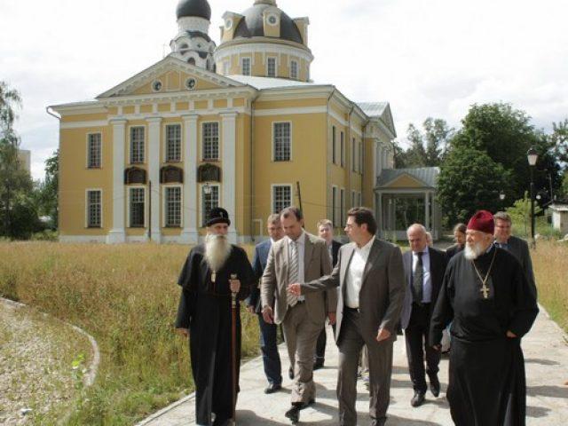 Заместитель мэра Александр Горбенко с рабочим визитом посетил Рогожское