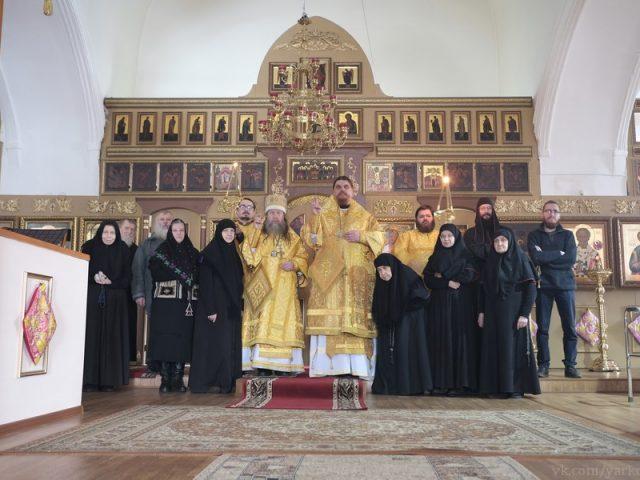 Служение архиереев в Николо-Улейминском монастыре