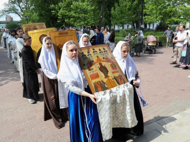 Праздник жен-мироносиц на Рогожском