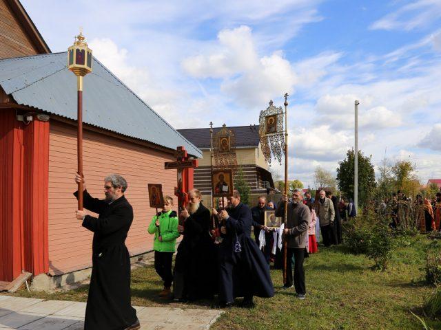 Архиерейская служба на престольный праздник в Давыдове