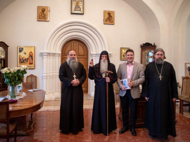 С рабочим визитом на Рогожском побывал представитель Россотрудничества