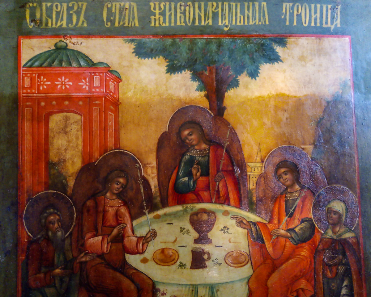 Преображенный иконостас Преображенского храма в Клинцах