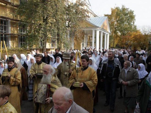 Престольный праздник в Покровском кафедральном соборе на Рогожском