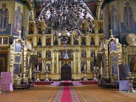 В Покровском кафедральном соборе прошло малое освящение главного алтаря