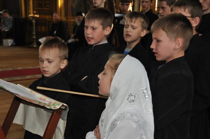 С любовью к традиции. Хор Покровского храма г. Ржева