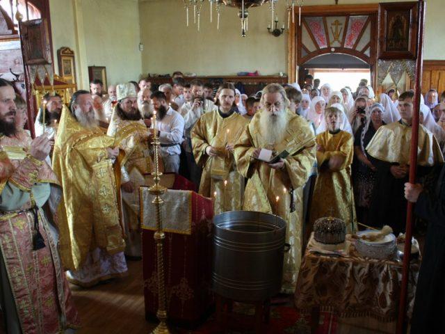 Визит предстоятеля Церкви в Шамары