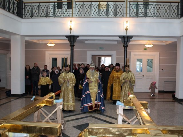 Освящение и водружение крестов на рогожскую колокольню