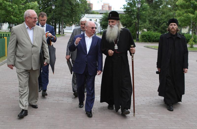 Префект Юго-Восточного округа Москвы посетил Рогожское