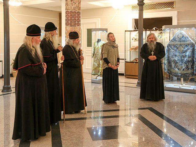 """На Рогожском открылась выставка """"Красота церковная"""""""
