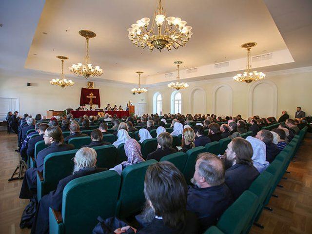 В Москве на Рогожском завершился Освященный Собор