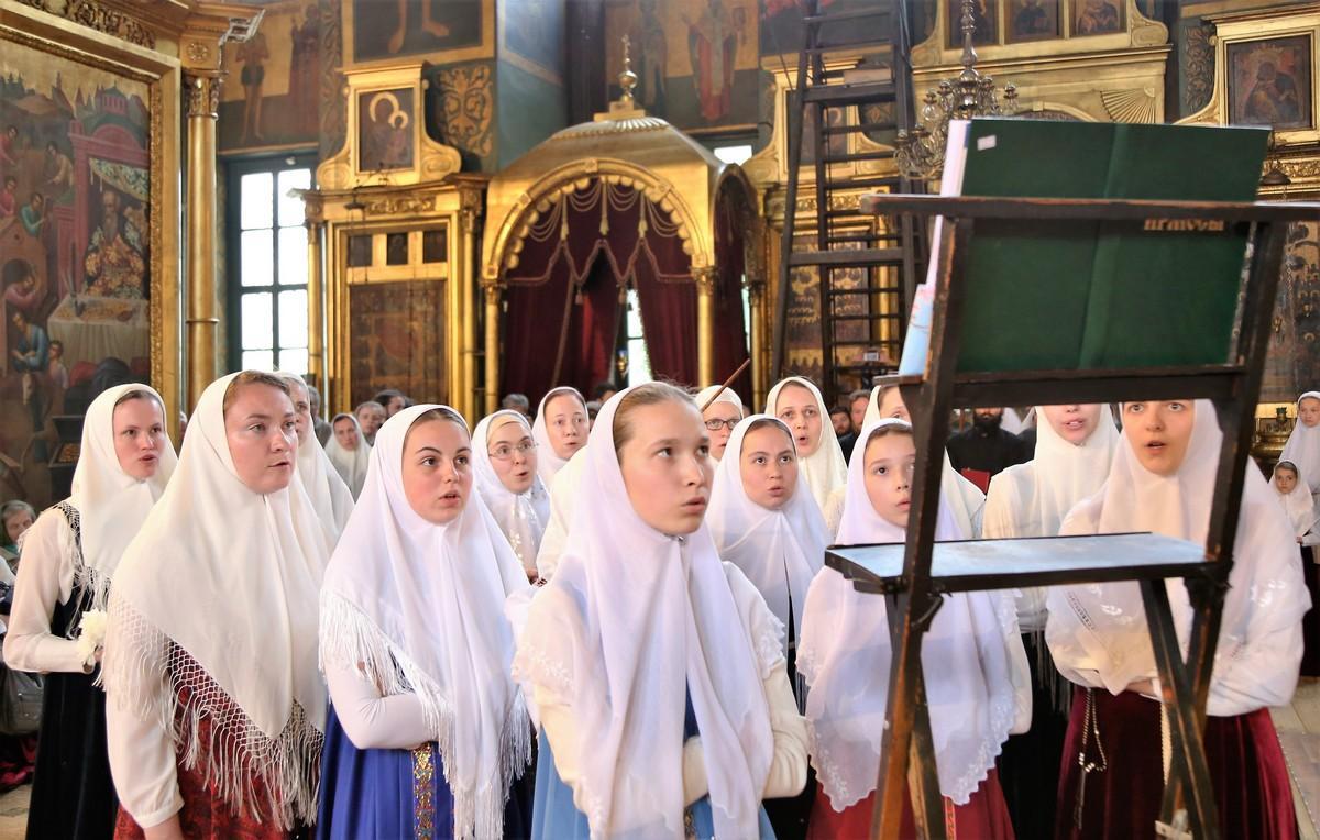 Вечер духовных песнопений. Женская группа хора Рогожской общины