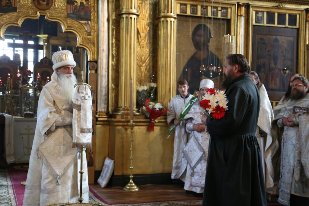 Поздравление директора Московского духовного училища Анатолия Ивановича Шатохина
