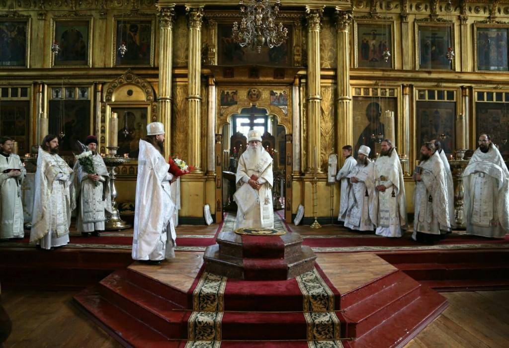 Священство на амвоне