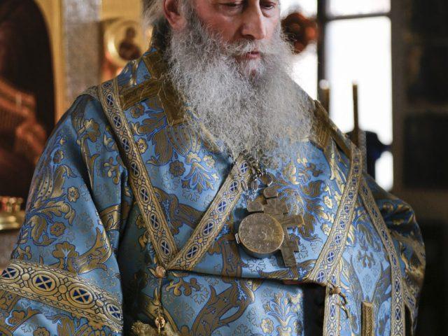 Митрополит Корнилий в Ростове-на-Дону поздравил владыку Зосиму с юбилеем и возвел его в достоинство архиепископа