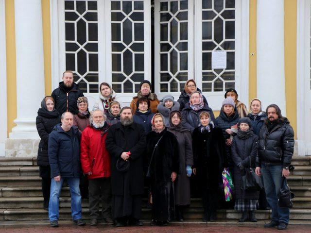 Ответный визит: Рогожское посетили сотрудники музея «Дом Гоголя» и московские художники