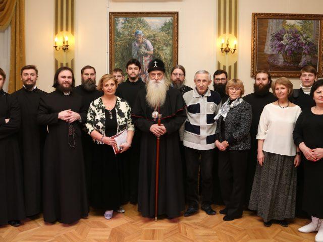 В Москве в Доме Гоголя открылась выставка, посвященная старообрядцам-меценатам Кузнецовым. Почетным гостем стал митрополит Корнилий