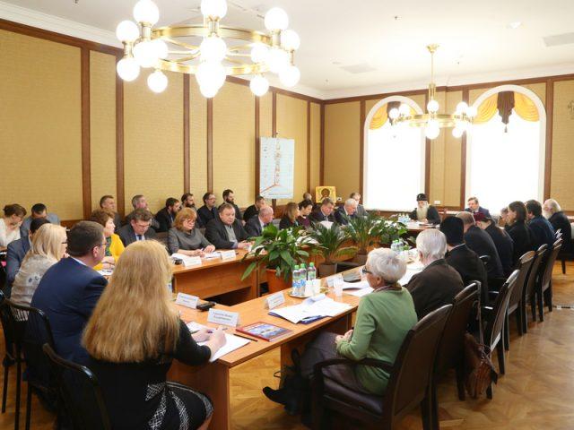 Празднование 400-летия со дня рождения протопопа Аввакума обсудили на Рогожском с участием представителей Министерства культуры