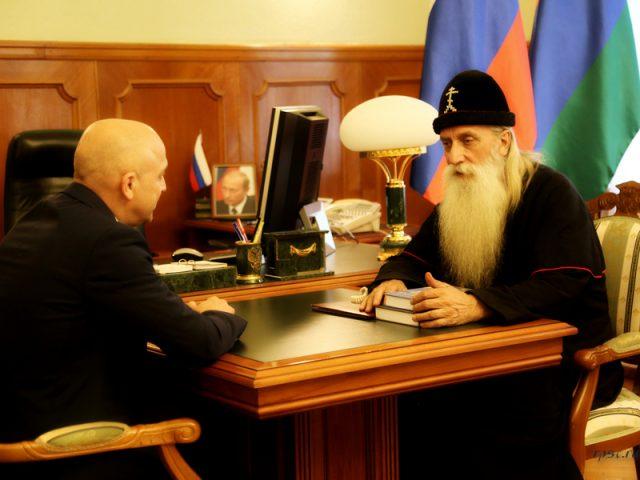 Митрополит Корнилий с архипастырским визитом посетил Петрозаводск
