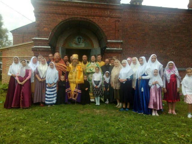 Крестный ход в с. Елохине на память святителя и исповедника Иринарха Ярославского