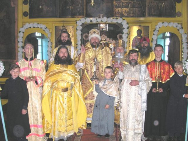 Престольный праздник в селе Великоплоском