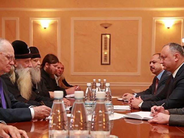 Митрополит Корнилий встретился с президентом Молдавии