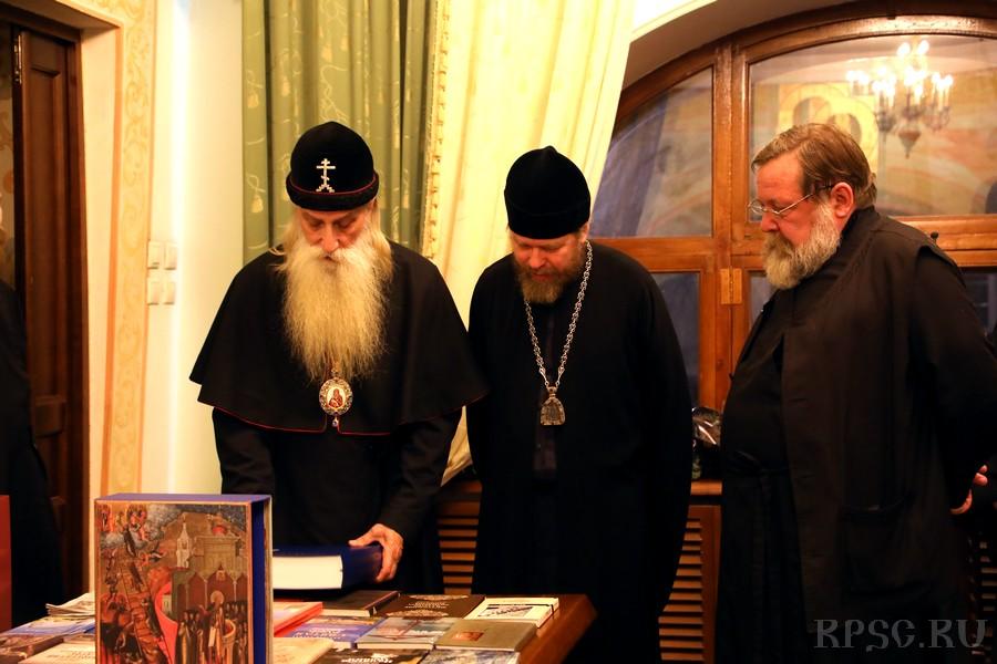 Встреча в Сретенском монастыре