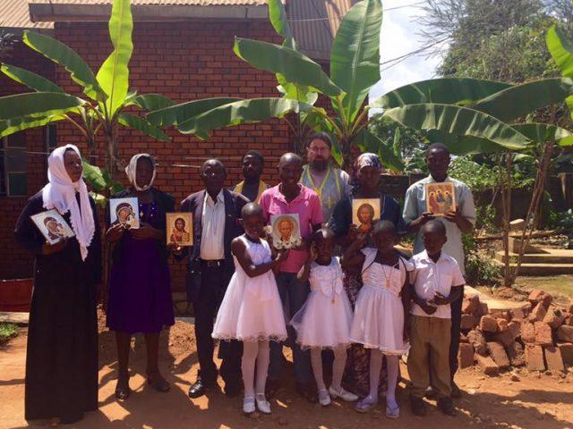 Уместны ли косоворотки и сарафаны в Африке?