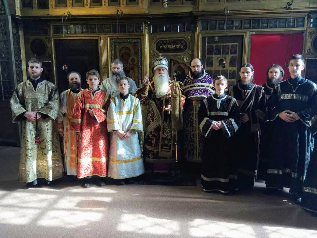 Новые священнослужители храма Успения в г. Владимире