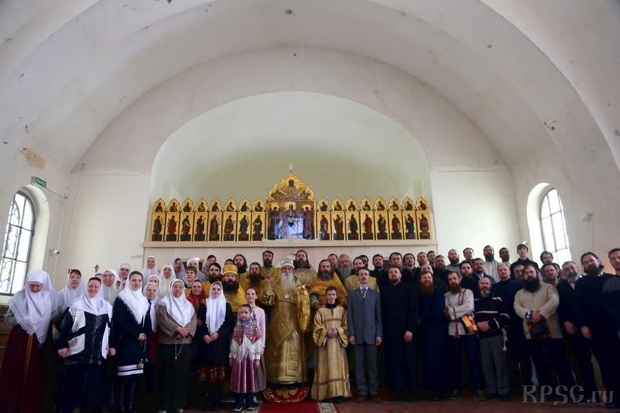 Божественная литургия будет совершаться в четырех храмах Москвы