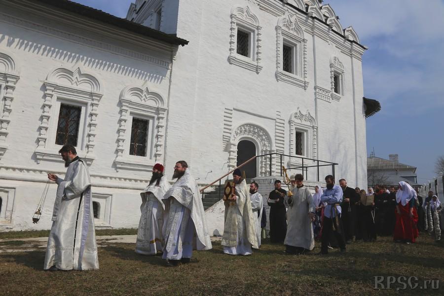 В Коломне почтили память священномученика и исповедника Павла Коломенскаго
