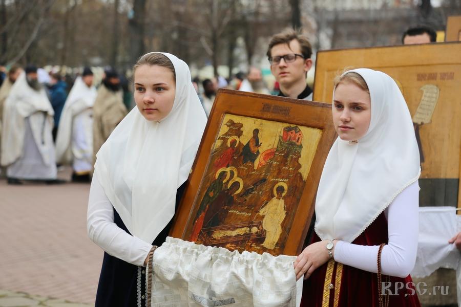 Неделя свв. жен-мироносиц на Рогожском