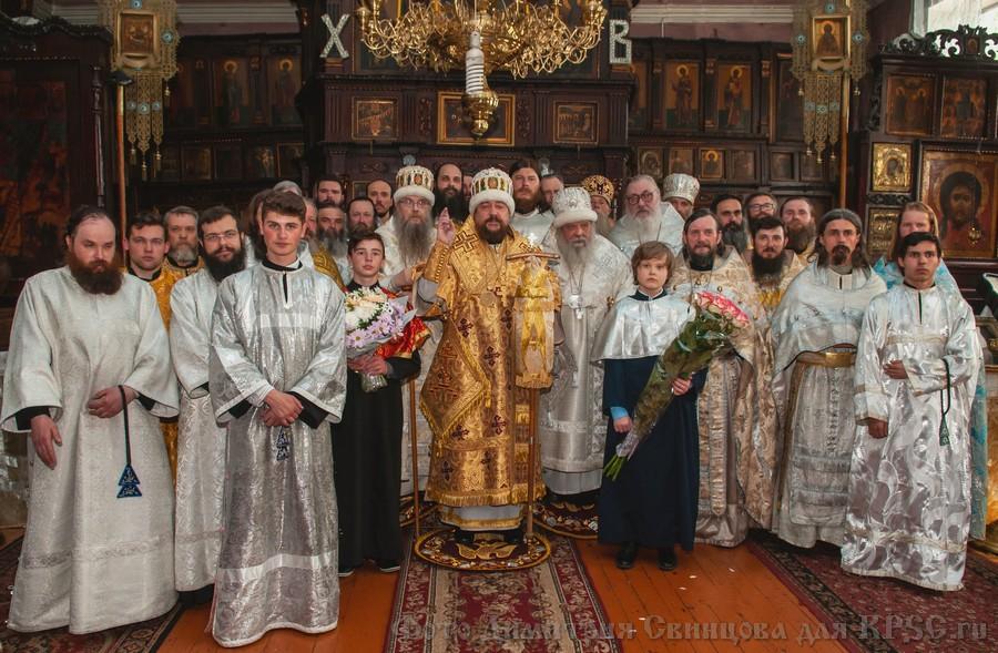 В сан архиепископа возведен предстоятель Киевской кафедры владыка Никодим