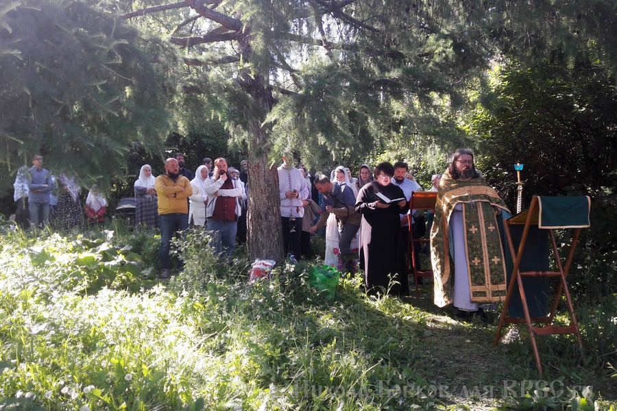 Борисовская община Москвы впервые собралась на молебен