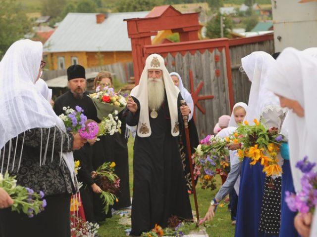 Завершился визит митрополита в Уральскую епархию