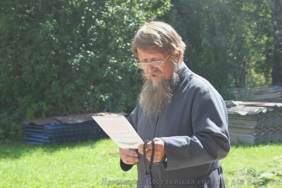 Крестный ход на память святителя и исповедника Иринарха
