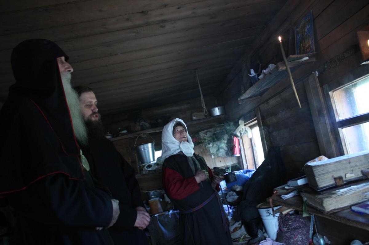 Митрополит Корнилий посетил скит Лыковых