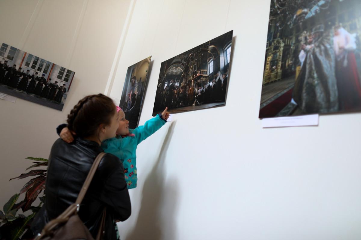 На Рогожском открылись три выставки