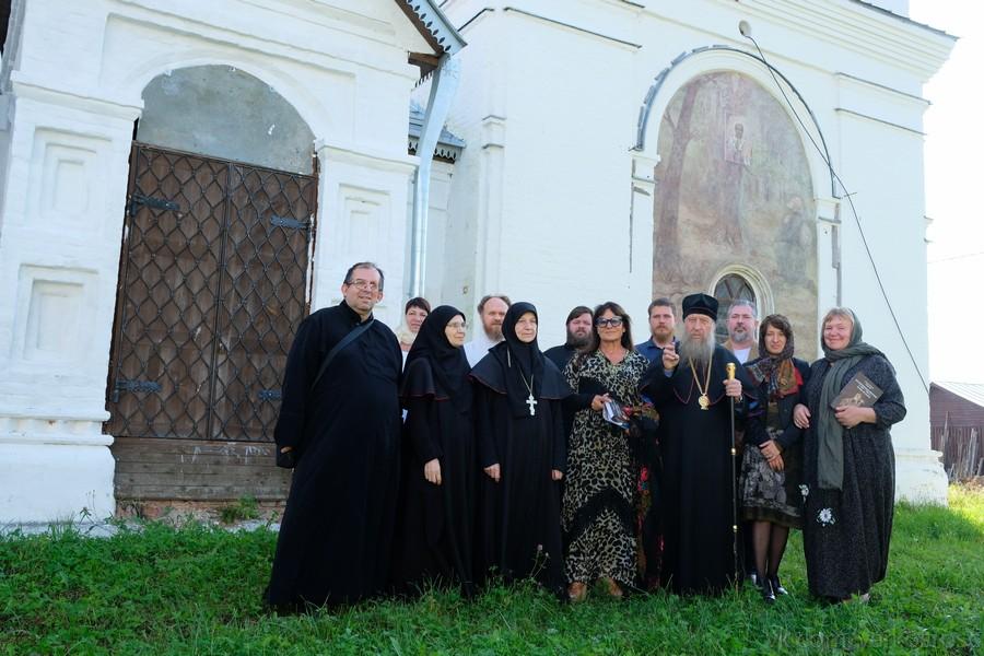 Гости из Италии в Николо-Улейминском монастыре