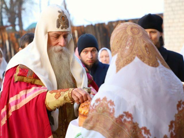 Предстоятеля Церкви встретили в Клинцах