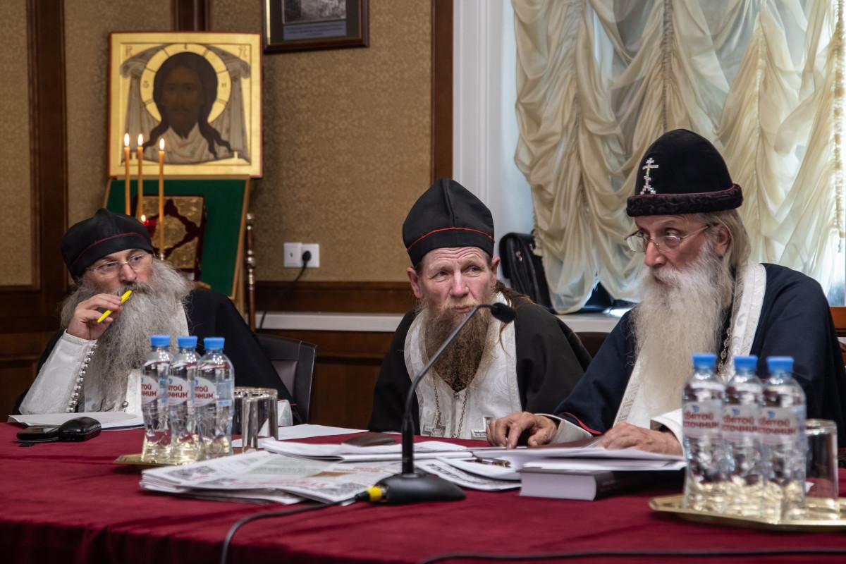 Комментарии к решениям Совета Митрополии