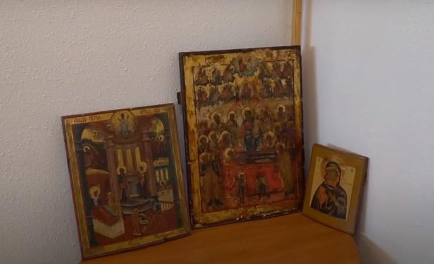 Старообрядческим приходам Украины вернули древние иконы