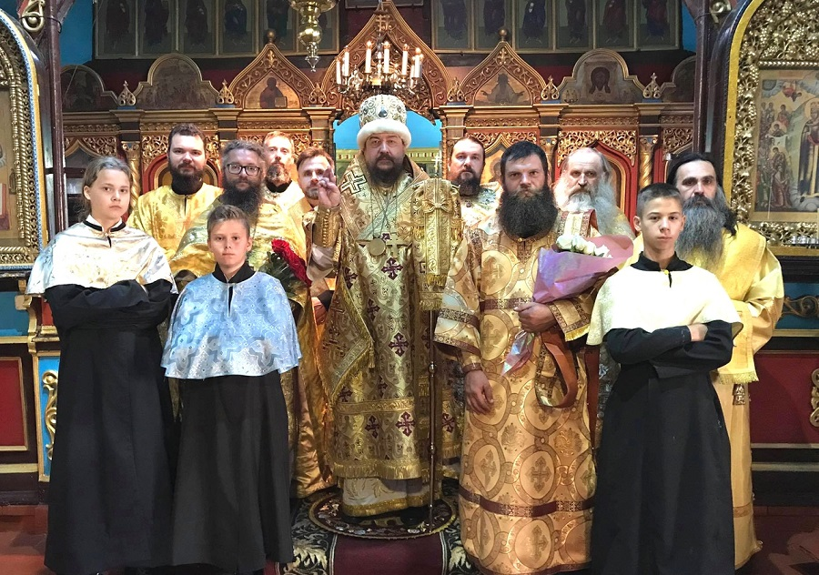Хиротонии в Украинской архиепископии
