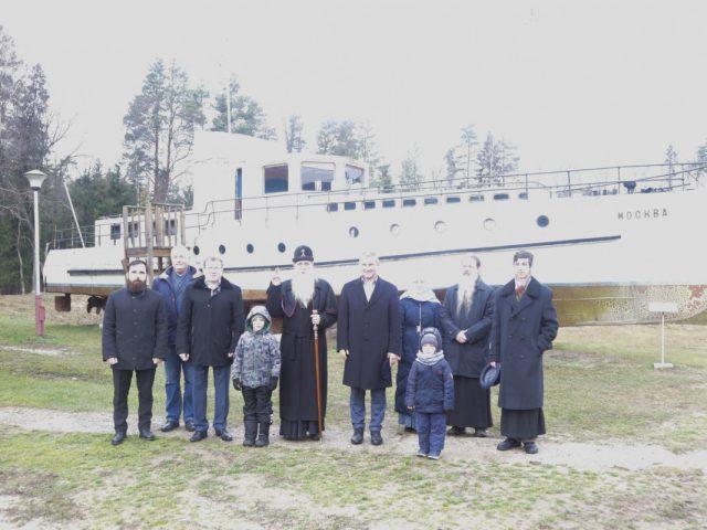 Митрополит Корнилий посетил музей в с. Ивановском