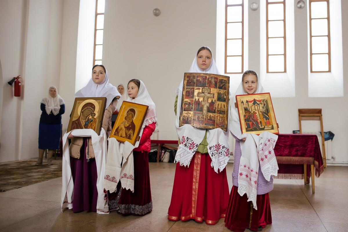 Архиерейская служба св. Александру Невскому и съезд Санкт-Петербургской и Тверской епархии